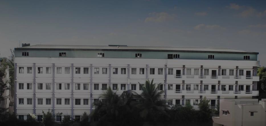 KNN College Hospital Facade 2